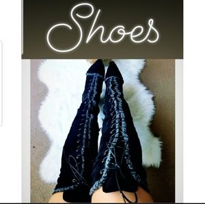 Shoes: Women's (boots, heels, booties, sandals)